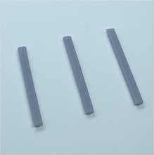 Load image into Gallery viewer, OO scale | Fence posts (3 pack)