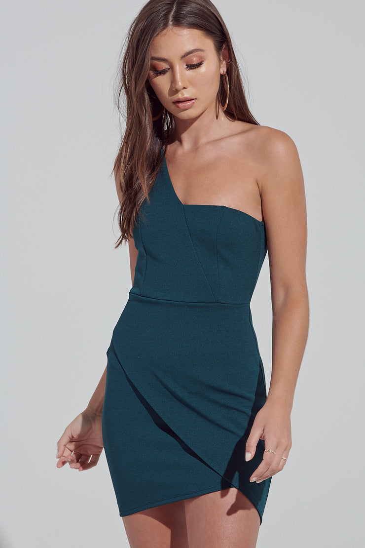 Tube Dress, Off Shoulder Dress, One Shoulder Dress, Low Cut, Dressy, Dress, Side Slit, Party Dress, Wedding Outfit, Party Outfit, Sun Dress, Club Wear, Dinner Outfit, Casual, Beach Wear, Vacation Outfit, Mini Dress, Fashionable Dress