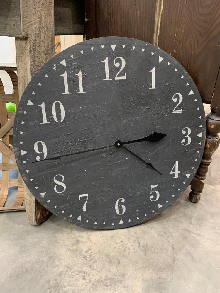CLOCK FARMHOUSE STYLE BLACK FACE