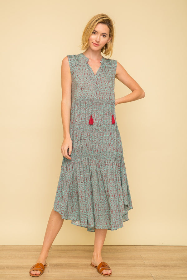 Printed Slvls. Pintuck Smocked Maxi Dress