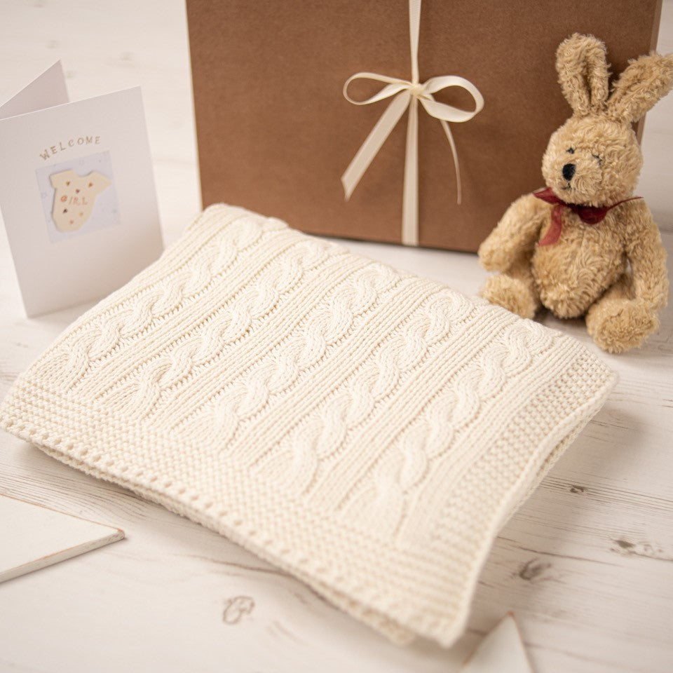 Unisex Cream Cable Knit Blanket