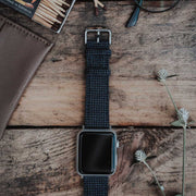 Apple Watch BLUE-NAVY pied de poul