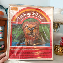"Load image into Gallery viewer, Vintage Yarn Kits, Inc. ""Lion"" Latch 3-D Pet Kit"