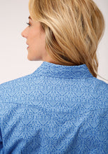 Load image into Gallery viewer, ROPER WOMENS LONG SLEEVE SHIRT AMARILLO COLLECTION