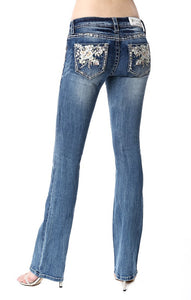 GRACE IN LA LIGHT WASH EASY FIT JEANS