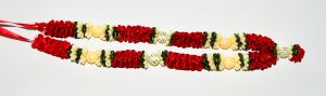 Red and White Sartin Garland
