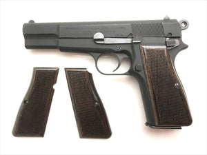 ウッドグリップ BROWNING HI-POWER <チェッカー> [AWG-418]