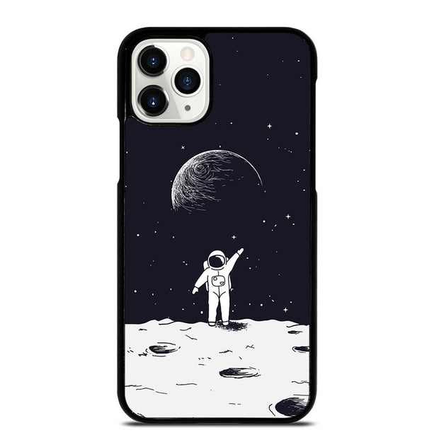 ASTRONAUT STAND ON SURFACE OF MOON iPhone 11 Pro Case