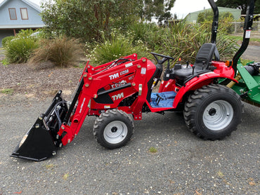 TYM T265, 25hp Tractor with Front end Loader