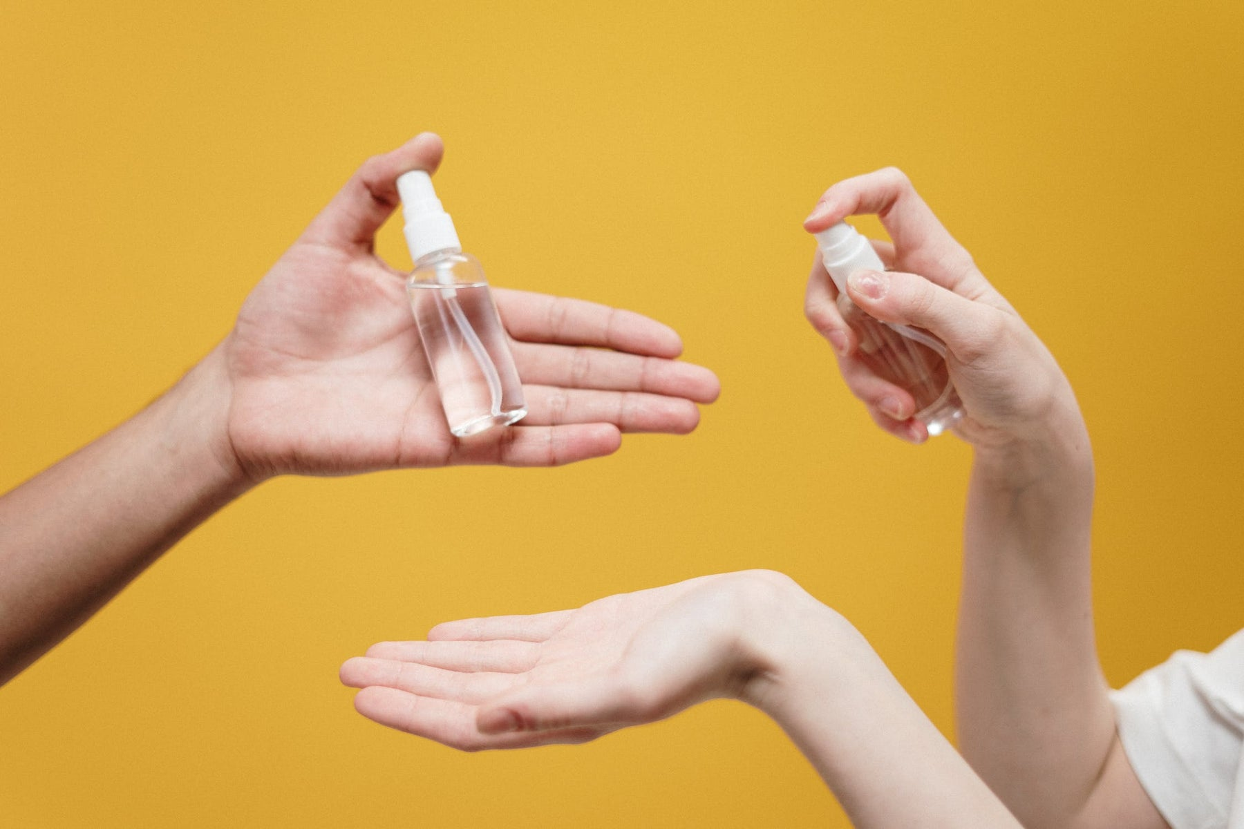 A Beginner's Guide to Hand Sanitizer: What to Buy and How to Use It
