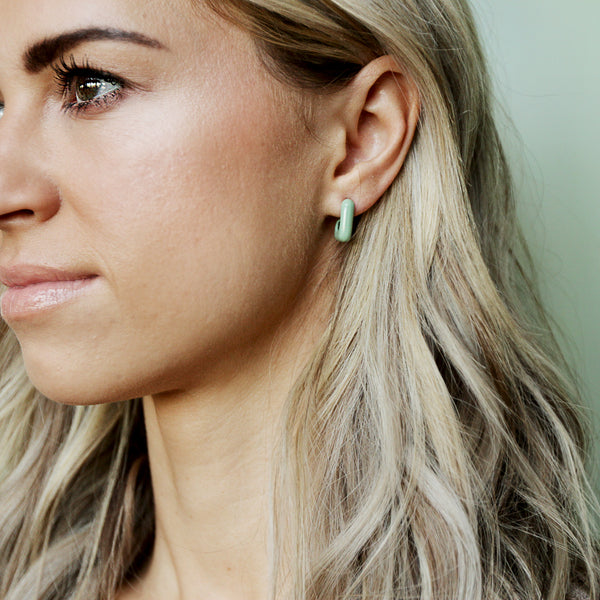 Mainstreet Hoops - Lightweight Retro Square Hoop Earrings - Mint Model Looking In Distance | Sundree Accessories