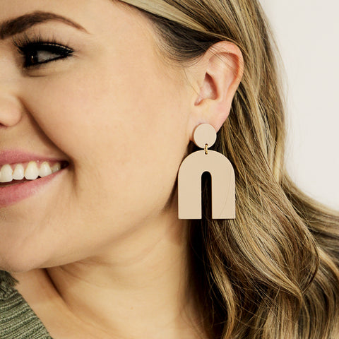 Like A Rainbow With All Of The Colors Drops - Nude Color Rainbow Shape Drop Earrings - Earring Model Smiling | Sundree Accessories