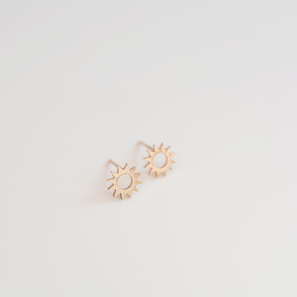 The Mario Studs - Dainty Gold Sun Stud Earrings - Detail Flat Lay | Sundree Accessories