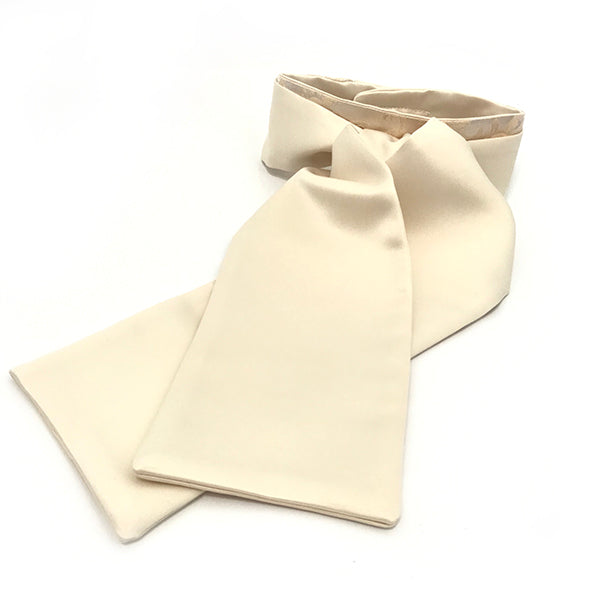 Cream stock Jacquard collar
