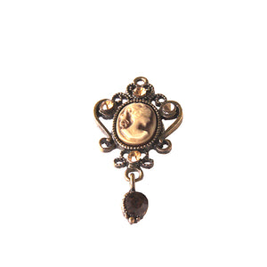 Oval Brown Cameo Pin