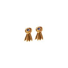 Load image into Gallery viewer, Goldtone rosette earring in imitation rhodium finish or gold plate