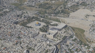 AJ4K_007 - Aerial 4K footage of Jerusalem - the old city and Temple Mount from the south-west