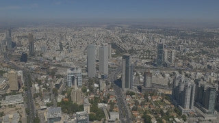 AT4K_006 Aerial 4K Tel Aviv: Tel Aviv skyline and skyscrapers
