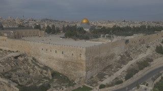 DJ4K_001_G 4K Drone Jerusalem: Fly up and back to reveal Temple Mount