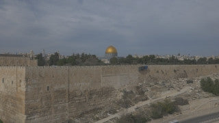 DJ4K_006_G  Israel 4K Drone aerial footage Jerusalem: Fly down by Temple Mount