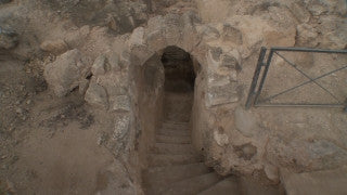 LN_037 Israel Nature and Landscape footage: Beit Guvrin, Maresha Park - caves