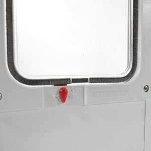 The flap comes with a four-way locking system in order to better control when you cat can come in and out of your house