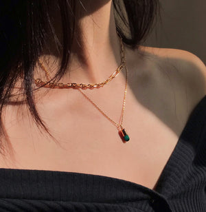 Load image into Gallery viewer, [PRE-SALE] Malachite Magic Capsule Chain Necklace