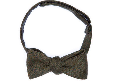Avocado Herringbone Straight Bow Tie