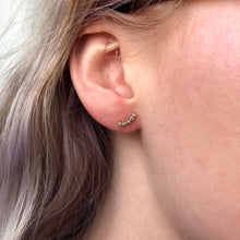 Load image into Gallery viewer, 0.10 tcw Diamond Climber Earrings