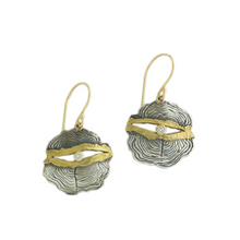 Load image into Gallery viewer, Oxidized Sterling & 18K Gold Diamond Round Woodcut Earrings