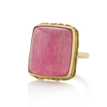 Load image into Gallery viewer, 14K Gold Ruffled Edge Cat's Eye Pink Tourmaline Ring