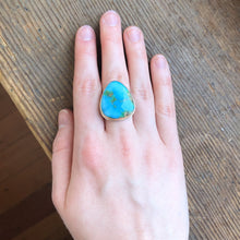 Load image into Gallery viewer, Sterling & 14K Gold Triangular Sonoran Mountain Turquoise Ring