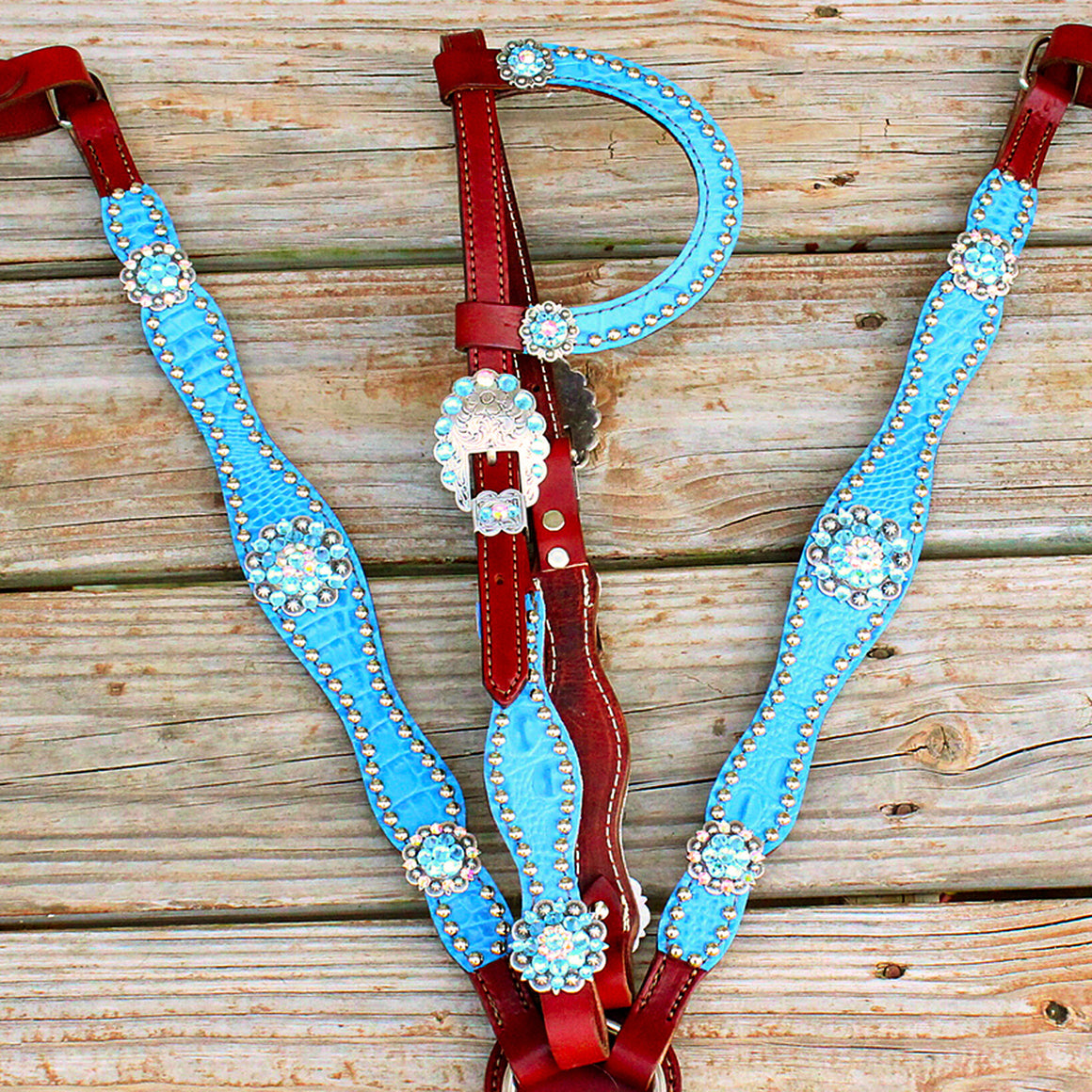 Lt. Blue Gator/Chestnut Leather One Ear Tack Set w/AB-Aqua Crystal Rhinestone Conchos