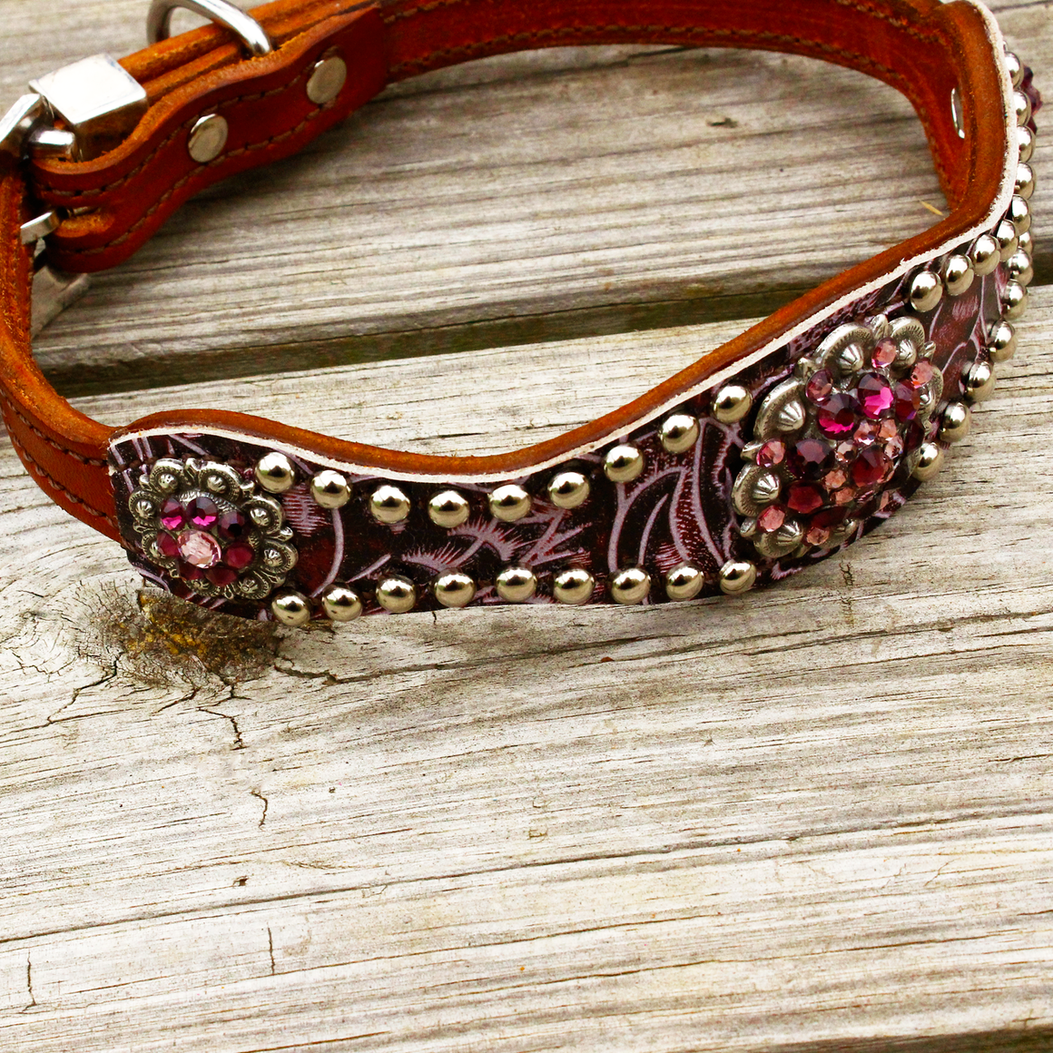 Purple Filigree Scallop Dog Collar w/Amethyst & Lt. Amethyst Conchos & Buckle