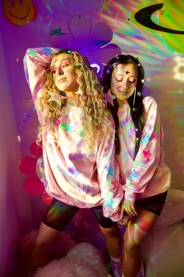 Festy Besty Super-Air Glow In The Dark Stars Long sleeve (Pink) Vanesa Seco, Pamela Seco, & Marina Fini