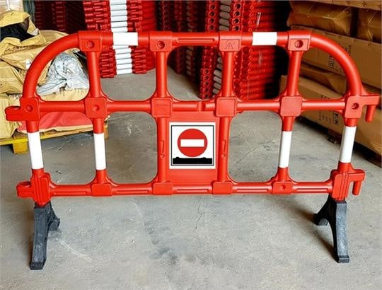 GIANT 90 Plastic Barrier (NEW)