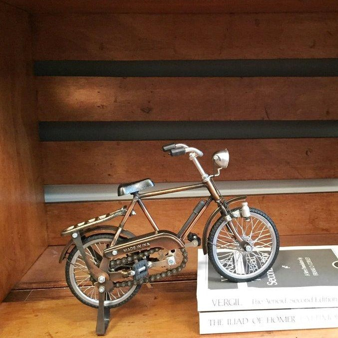 Antique metal bicycle decor item