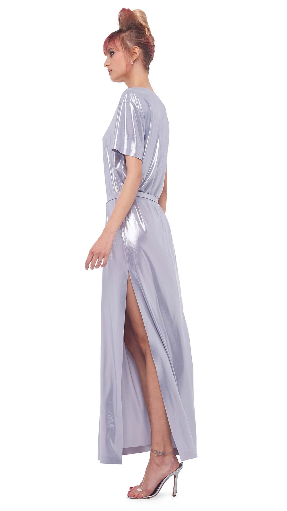 SHORT SLEEVE BOXY GOWN WITH SIDE SLIT