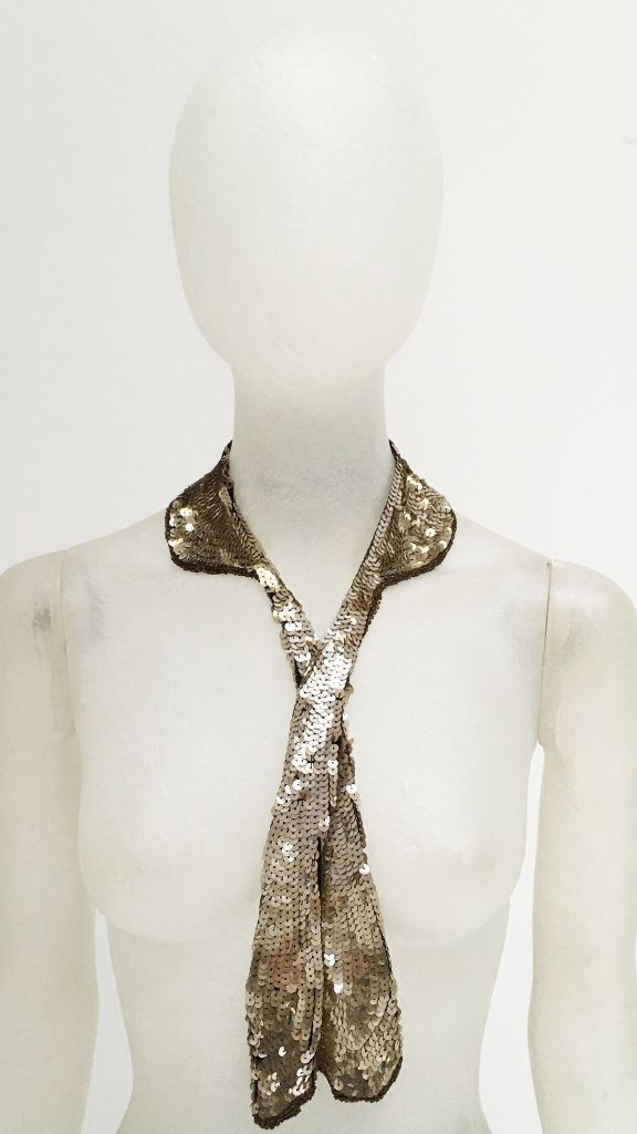 NARROW COLLAR WITH TIE - 2