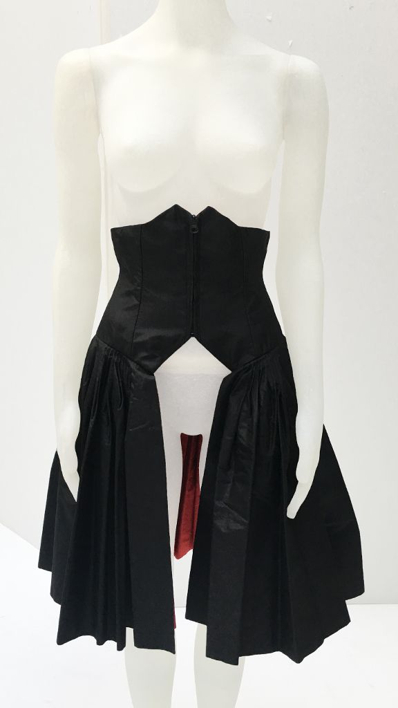 CORSETED FLAIRED HALF SKIRT - 2