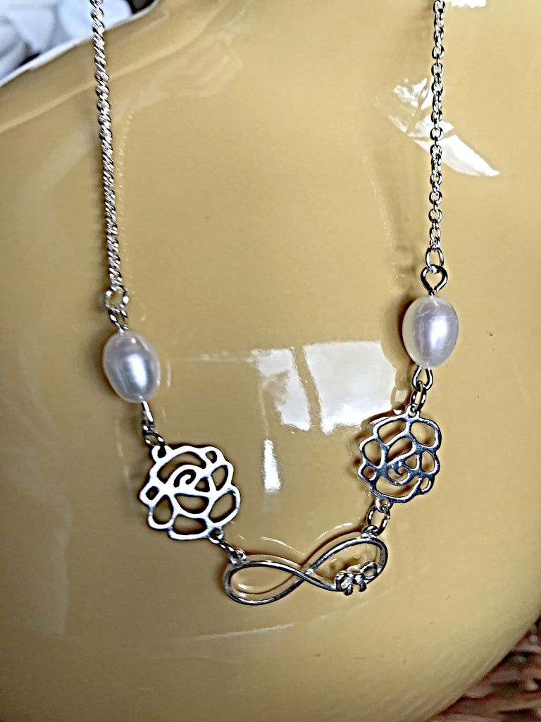 Sliver Chain Necklace with White Pearls and Sterling Sliver Daisy Charms - simple pearls
