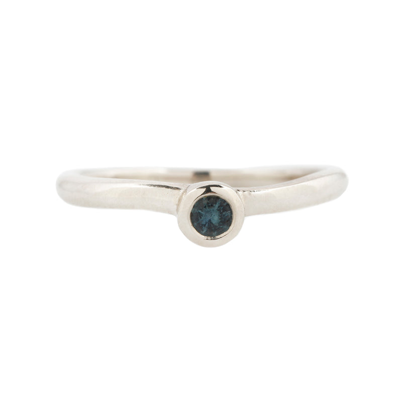 DROPLET RING - WHITE GOLD & SAPPHIRE