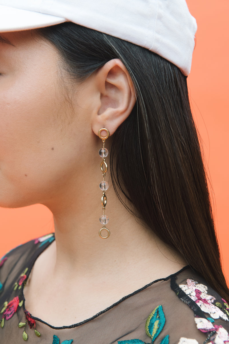 IN-BETWEEN EARRINGS - SAMPLE SALE