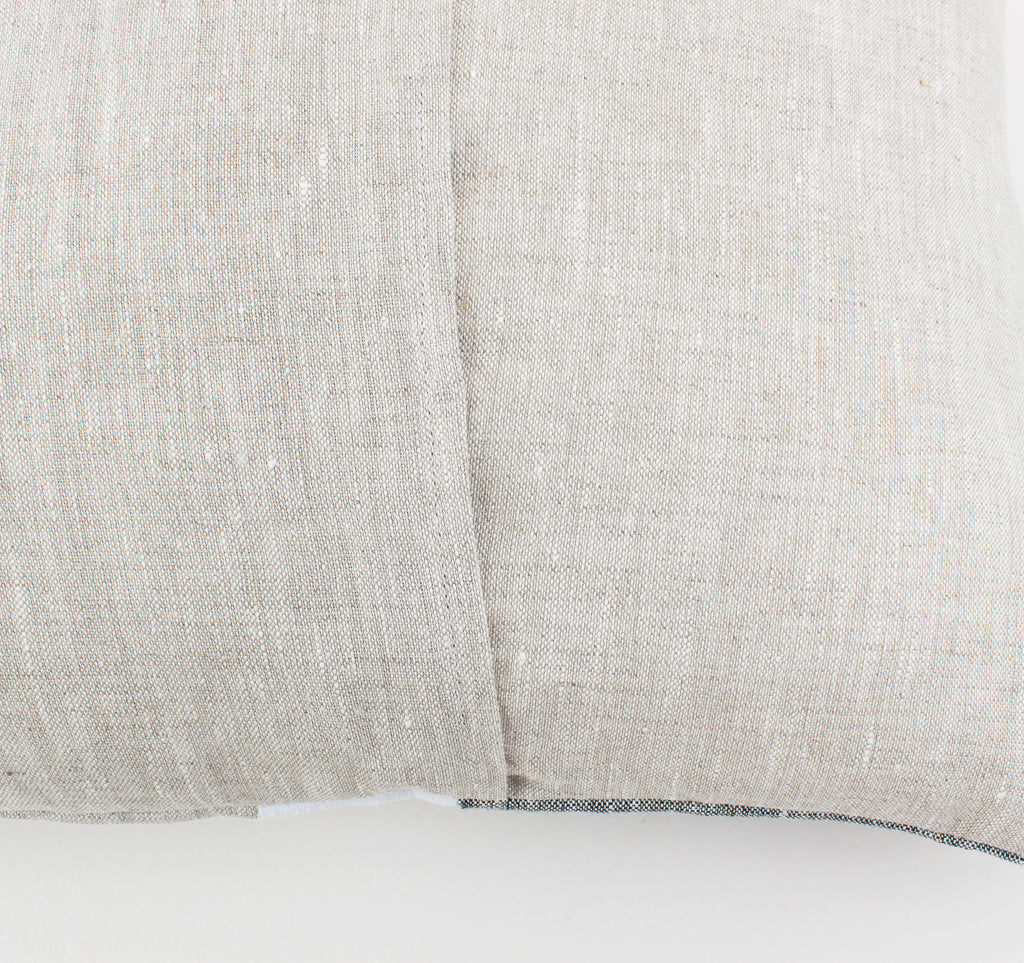 Linen lumber cushion back