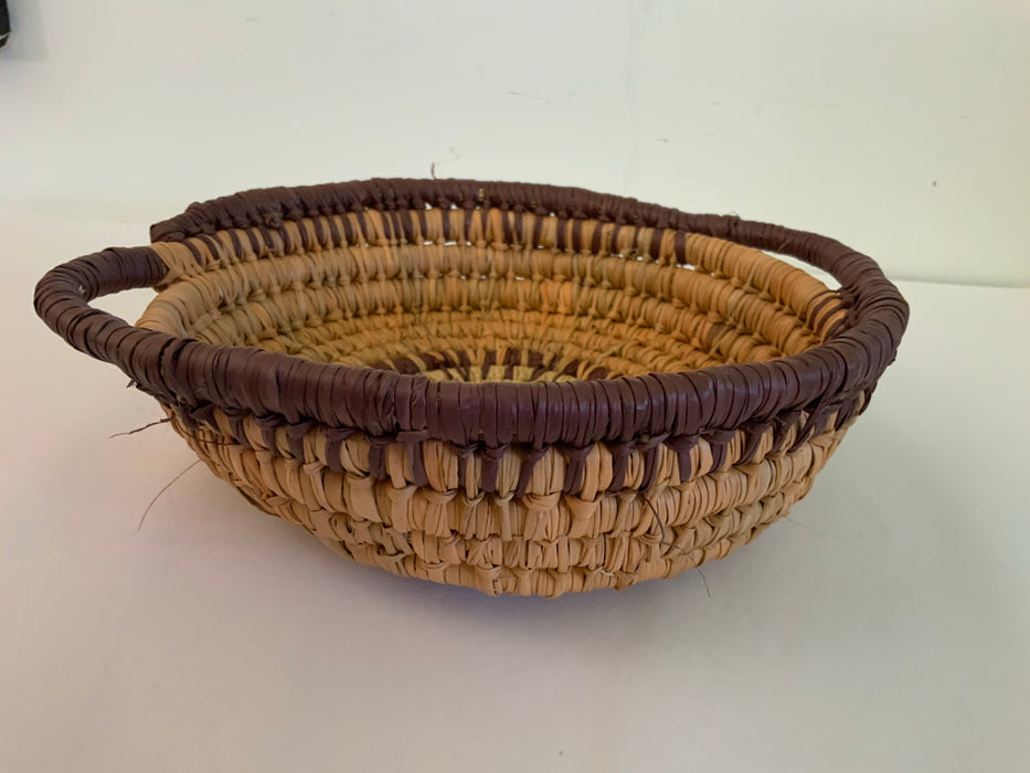 Pandanus Basket - Shirley Wilfred