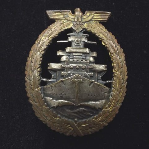 Nazi Germany High Seas Fleet Badge, marked on reverse: FEC. ADOLF BOCK AUSF. SCHWERIN BERLIN