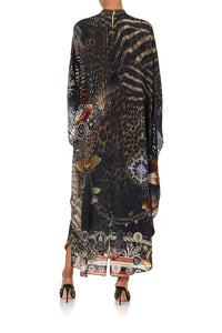 KAFTAN WITH HIGH COLLAR STAND TREASURE CHASER