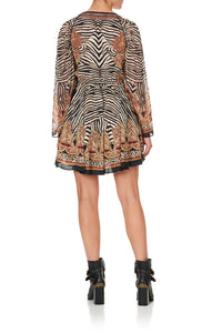 SHORT DRESS WITH DRAPED SLEEVE WILD FIRE