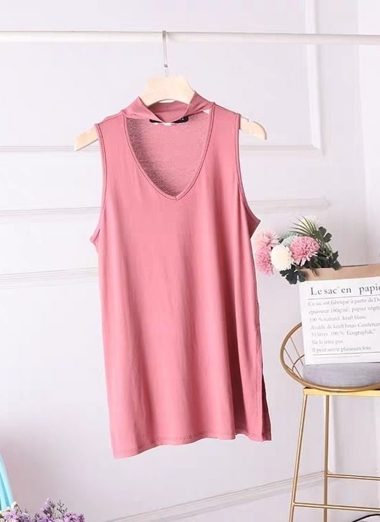Sleeveless Chocker Top