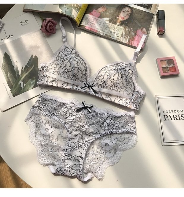 White Lace Non Wire Bra Panty Set